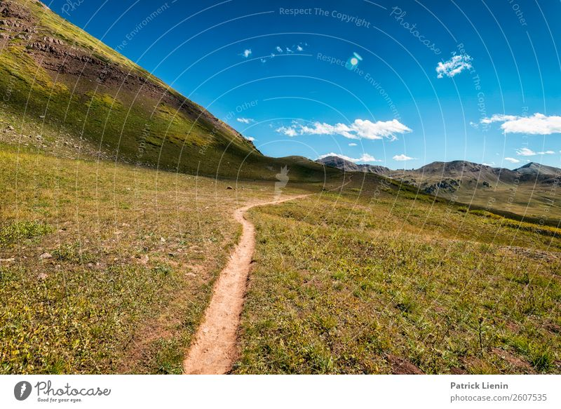 Wanderweg in den Rocky Mountains Wellness Zufriedenheit Sinnesorgane Erholung Ferien & Urlaub & Reisen Ausflug Abenteuer Ferne Freiheit Berge u. Gebirge wandern