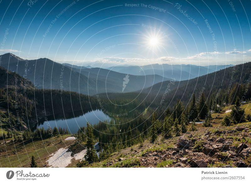 Landschaft im Rocky Mountains National Park Himmel Ferien & Urlaub & Reisen Natur Baum Wald Ferne Berge u. Gebirge Leben Umwelt Tourismus Freiheit See Stimmung