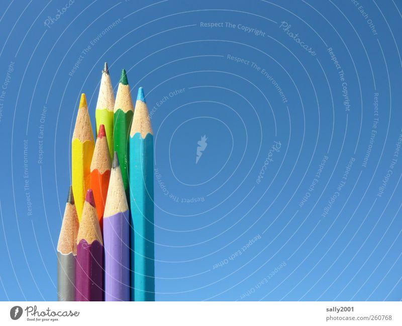 Himmelsfarben Freude Farbstoff Holz Kunst Fröhlichkeit ästhetisch Kreativität malen schreiben Wolkenloser Himmel zeichnen Schreibstift Arbeit & Erwerbstätigkeit