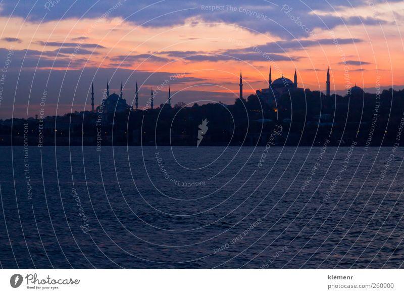 Himmel blau schön Ferien & Urlaub & Reisen Architektur Religion & Glaube Gebäude Wasserfahrzeug gold Platz Tourismus Istanbul Islam Moschee Palast Türken