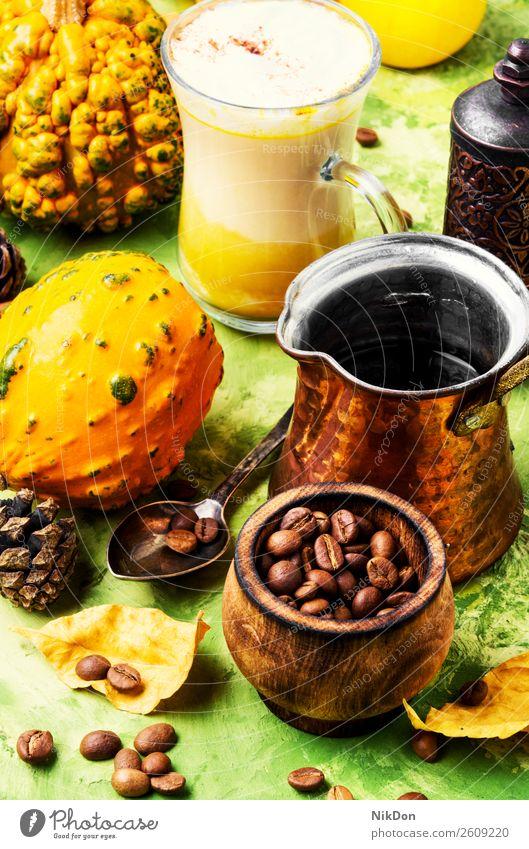 Latte Herbst-Heißgetränk Kaffee Kürbis Squash Cappuccino trinken Getränk fallen Zimt Stillleben altehrwürdig Blatt gelb Blätter cremig Saison Becher Aroma retro