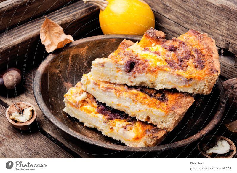 Hausgemachte Kürbiskuchen Lebensmittel Pasteten Herbst Dessert traditionell selbstgemacht Kruste Gebäck lecker Erntedankfest saisonbedingt fallen festlich