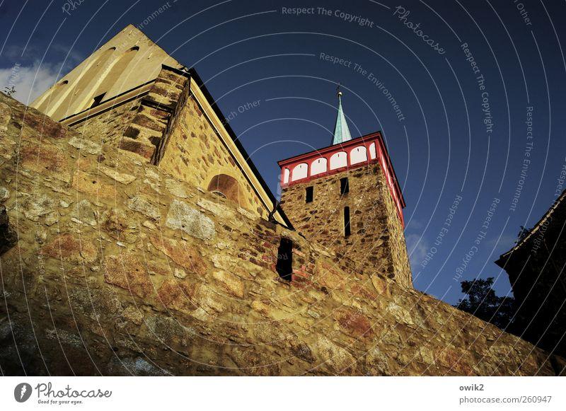 Trutzburg alt Stadt Wand oben Architektur Religion & Glaube Stein Mauer Gebäude Deutschland hoch groß Klima Kirche stehen Spitze