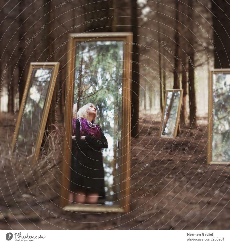 Spiegelbild Junge Frau Jugendliche Körper 18-30 Jahre Erwachsene Kunst Kunstwerk Natur Baum Wald Rock blond schön spiegel licht mädchen surreal konzept