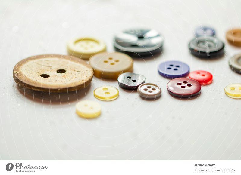 Bunte Knöpfe Design Handarbeit Holz Kunststoff rund mehrfarbig Nähen Kurzwaren Knopfloch Dinge Holzknopf viele Handarbeiten Bekleidung Textilien Farbfoto