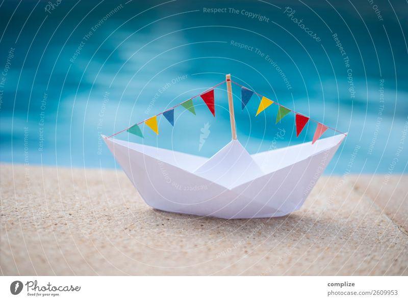 Party-Papierschiff am Wasser Lifestyle Glück Gesundheit Ferien & Urlaub & Reisen Tourismus Sommer Sommerurlaub Sonne Sonnenbad Strand Feste & Feiern