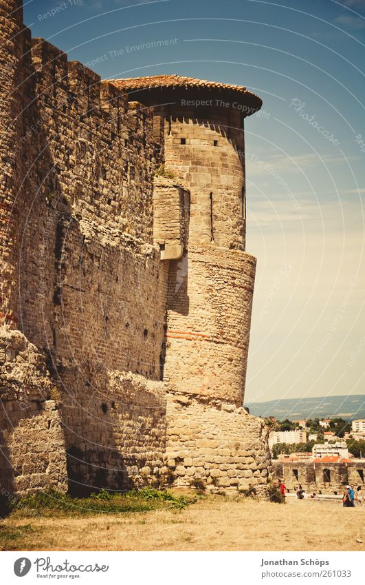 Carcassonne I [Der Turm] Himmel Stadt Ferien & Urlaub & Reisen Ferne Wand Architektur Freiheit Wärme Mauer Ausflug Abenteuer Tourismus Bauwerk historisch Ruine