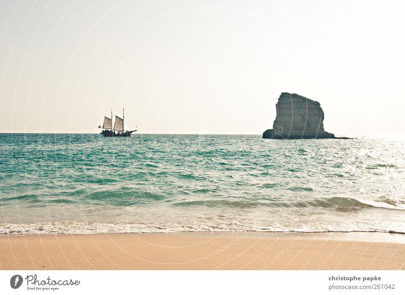 Pirates of the mediterranean Ferien & Urlaub & Reisen Sonne Sommer Meer Strand Küste hell Wellen Schönes Wetter heiß Bucht Schifffahrt Segeln Sommerurlaub Wolkenloser Himmel Segelboot