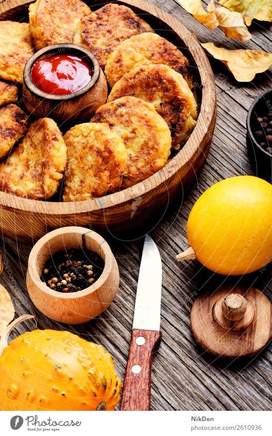 Diät-Gemüse-Kürbiskotlett Kotelett Lebensmittel Vegane Ernährung Mahlzeit gebraten Mittagessen lecker Tisch selbstgemacht Vegetarier Gesundheit Speise gebacken