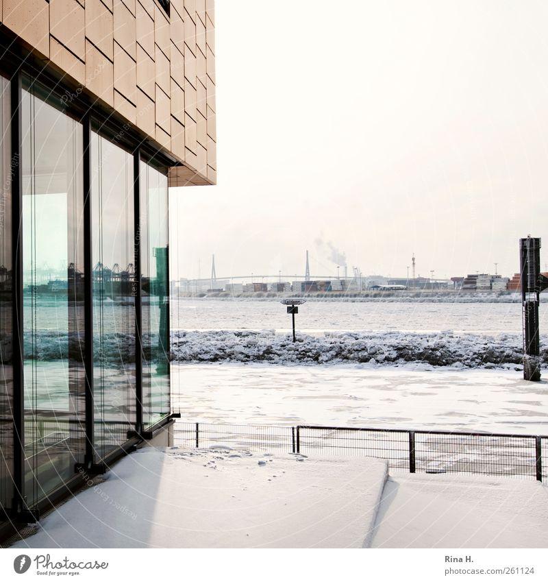 Hamburger Architektur Winter Schönes Wetter Eis Frost Schnee Fluss Hafenstadt Brücke Gebäude Mauer Wand Fassade frieren hell Elbe Farbfoto Außenaufnahme