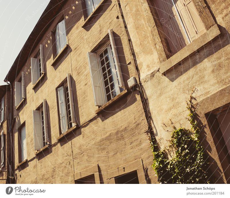 Carcassonne VI alt Ferien & Urlaub & Reisen Haus Ferne Architektur Wärme braun Autofenster Fassade Ausflug Abenteuer Tourismus Häusliches Leben Bauwerk Putz