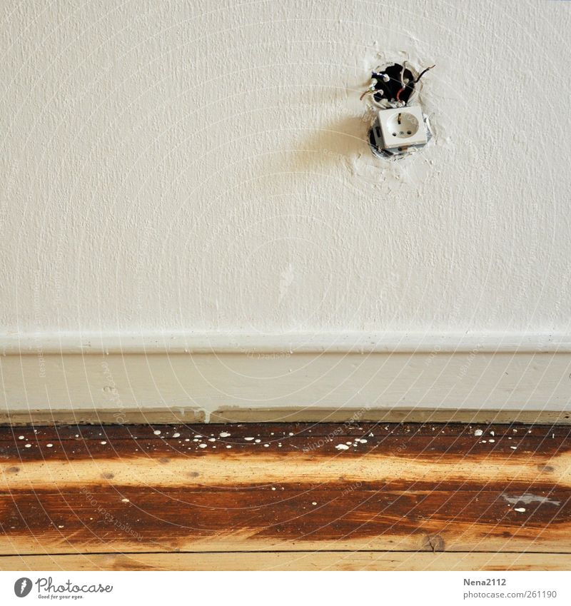 Renovierung weiß Holz Farbstoff Mauer braun Raum Elektrizität Bodenbelag Kabel Netz Tapete Renovieren Schleife Parkett Steckdose