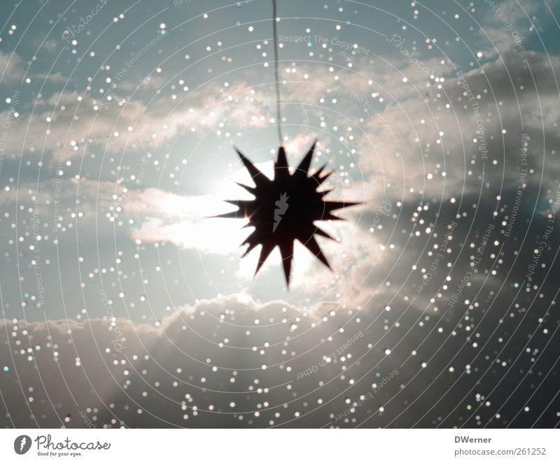Weihnachten kommt bestimmt... Himmel Weihnachten & Advent Sonne Winter Wolken ruhig Umwelt hell Regen Zufriedenheit Stern Design Wassertropfen Stern (Symbol) leuchten retro