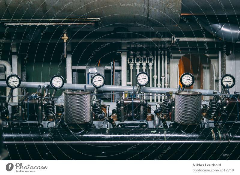 Maschinenraum Wirtschaft Industrie Druckmaschine Motor Getriebe Technik & Technologie Schifffahrt An Bord Arbeit & Erwerbstätigkeit alt dreckig lustig Wärme