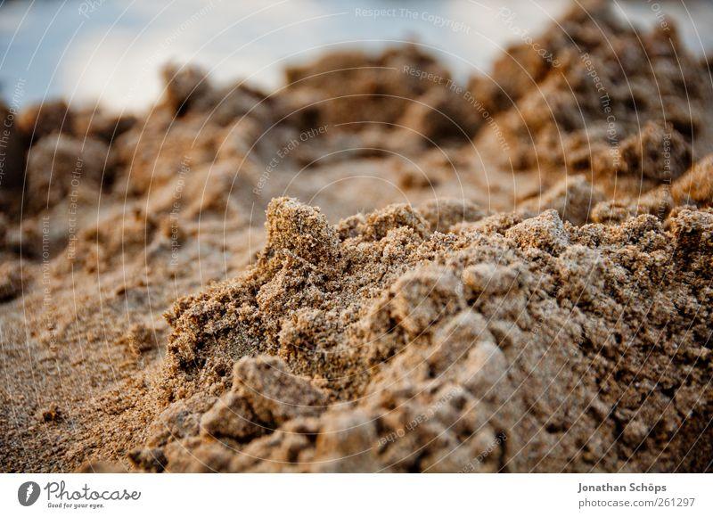 Sandgebirge Ferien & Urlaub & Reisen Umwelt Natur Schönes Wetter Wärme Strand Strandspaziergang Sandstrand Sandkasten Sandkorn Sandburg Krümel Detailaufnahme