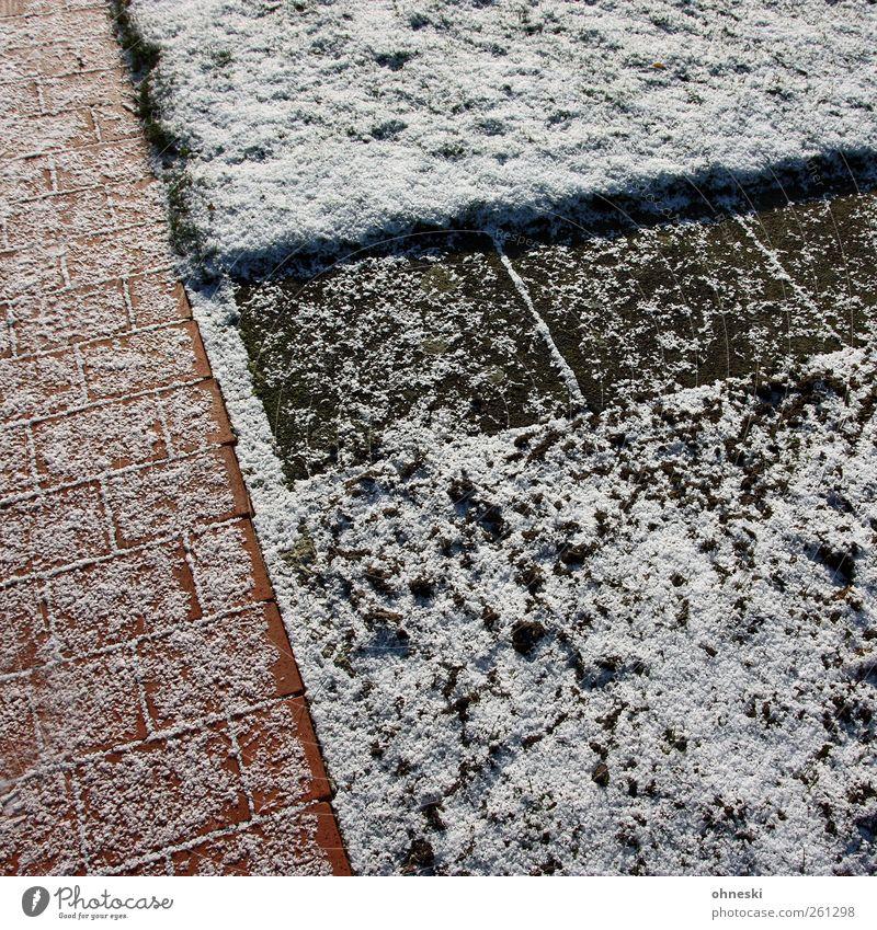Kontraste Winter Wiese kalt Schnee Wege & Pfade Garten Stein Linie Eis Frost Pflastersteine