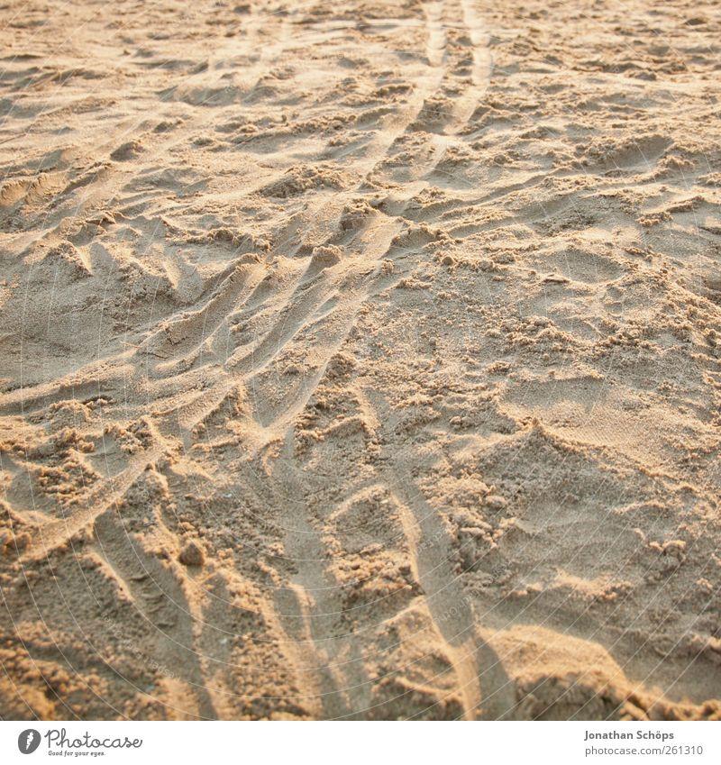 Spuren im Sand Zufriedenheit Sinnesorgane Erholung ruhig Meditation Ferien & Urlaub & Reisen Tourismus Ferne Freiheit Expedition Sommer Sommerurlaub Strand