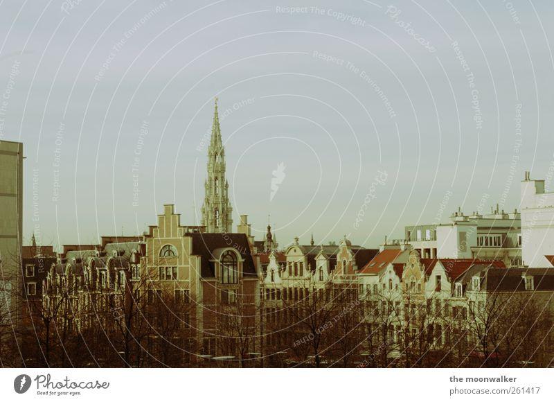 the skyline of brussels Brüssel Belgien Altstadt Haus Dach Ferien & Urlaub & Reisen Gedeckte Farben mehrfarbig Außenaufnahme Tag