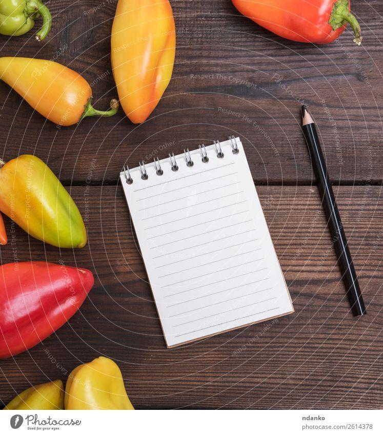 leerer Notizblock Gemüse Tisch Küche Papier Schreibstift Holz schreiben braun grün rot weiß Notizbuch blanko Aussicht Top offen Konsistenz Bildung Page Hinweis