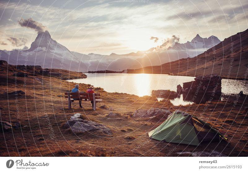 Camping Natur Landschaft Wolken Sonne Sonnenaufgang Sonnenuntergang Sonnenlicht Herbst Alpen Berge u. Gebirge Zermatt Matterhorn genießen