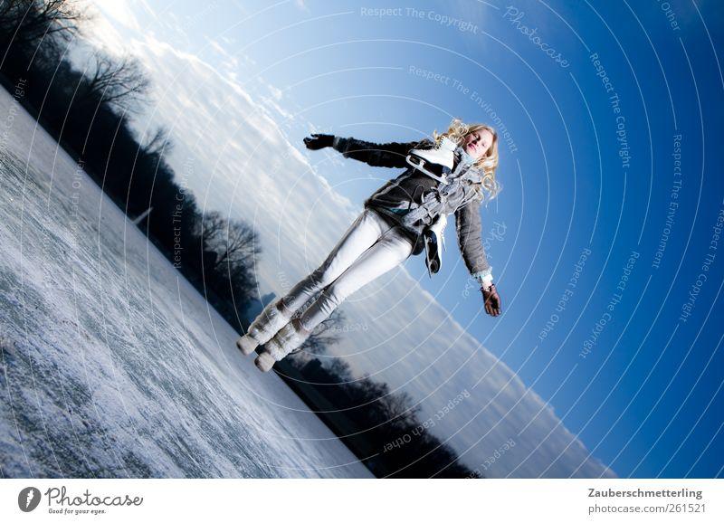 freeze!!! Himmel Jugendliche Winter Freude Ferne Leben Freiheit Glück springen See Stimmung Gesundheit Zufriedenheit blond wild hoch