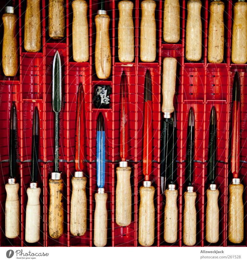 Ordnung Basteln heimwerken Handwerker Werkstatt Werkzeug Entgratefeile Entgratewerkzeug Entgrater Holz Metall bauen Ordnungsliebe sortieren Werkzeugkasten
