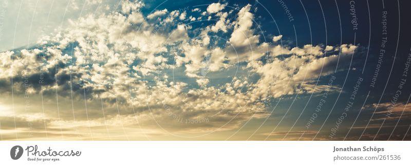 Wolkenpanorama Himmel blau Himmel (Jenseits) Sommer Umwelt Stimmung Wetter Luft ästhetisch Klima einzigartig Schönes Wetter Urelemente Ewigkeit Hoffnung