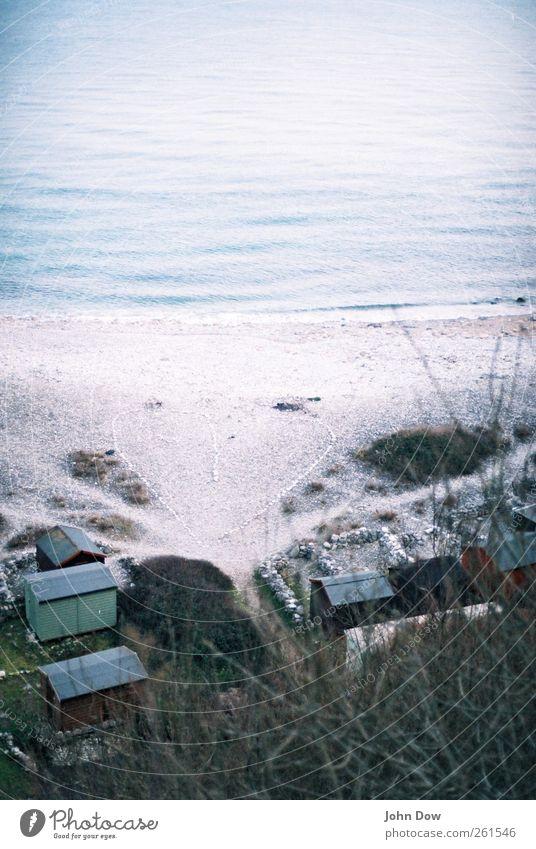 Spot the Heart on Valentinesday Küste Strand Bucht Meer Haus einzigartig Herz Strandhaus steinig Menschenleer Unschärfe Vogelperspektive