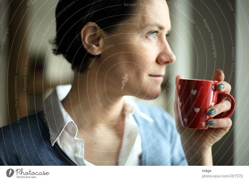 Ein schöner Tag Mensch Frau Freude ruhig Erwachsene Erholung Leben Gefühle Glück Stimmung Zufriedenheit Herz Häusliches Leben trinken Wellness Gelassenheit