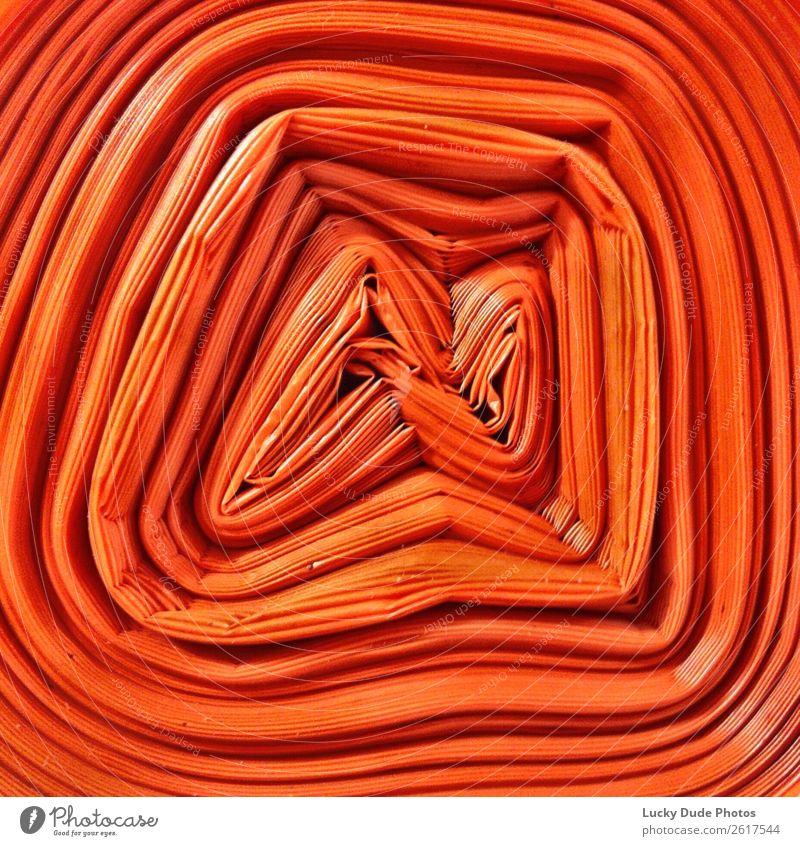 Orange Garbage Bag Verpackung Kunststoffverpackung Sack orange Pattern Farbfoto mehrfarbig Nahaufnahme Muster Strukturen & Formen Menschenleer
