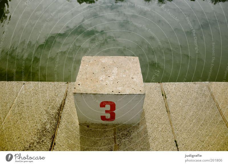Drei Wasser Himmel Schwimmbad Beton Zeichen Ziffern & Zahlen Schwimmen & Baden eckig Stadt Freizeit & Hobby Sport Sommerbad 3 Startblock Sprungblock Farbfoto