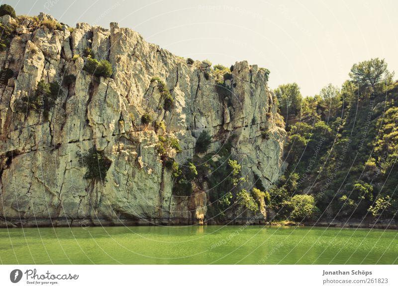 Grünseeklippe II Himmel Natur Wasser grün Ferien & Urlaub & Reisen Sonne Sommer Ferne Landschaft Freiheit springen See Luft Felsen Schwimmen & Baden Ausflug