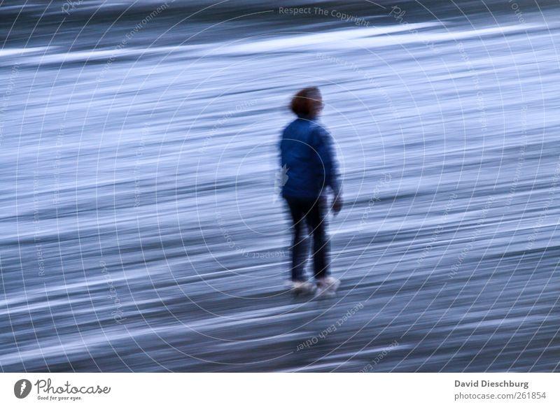 Ihr Element Freizeit & Hobby Wintersport Sportler Sportstätten Eis Frost blau weiß Schlittschuhlaufen Schlittschuhe Glätte Frau Geschwindigkeit gefroren Mensch