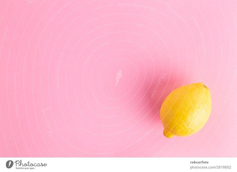 Zitrone in farbigem Hintergrund Frucht exotisch Sommer Natur Blatt frisch hell natürlich saftig blau gelb rosa weiß Farbe Kreativität vereinzelt Lebensmittel