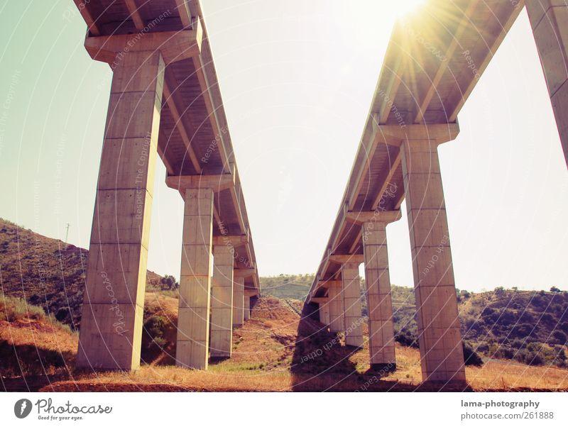 Under the brigde [XIV] Ferien & Urlaub & Reisen Sonnenlicht Andalusien Spanien Brücke Bauwerk Architektur Verkehr Verkehrsmittel Verkehrswege Autobahn