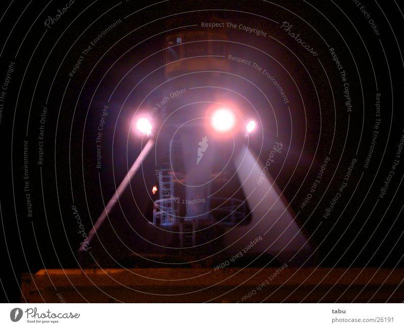 u4 Futurismus Kran Scheinwerfer Nachtaufnahme Licht Führerhaus Stahlkonstruktion