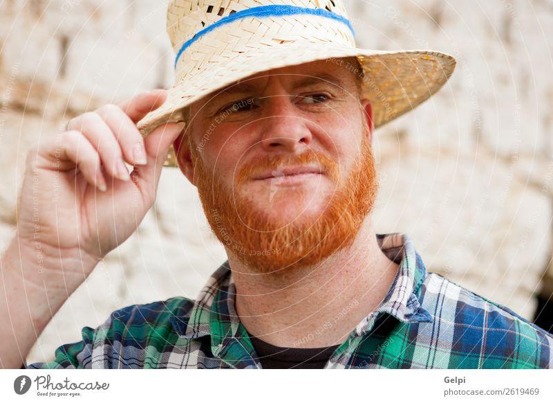 Rothaariger Mann Stil Haare & Frisuren Mensch Erwachsene Hut rothaarig Oberlippenbart Vollbart alt stehen Coolness trendy modern niedlich blau selbstbewußt