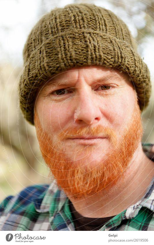Hipster Mann mit Rotbart Stil Haare & Frisuren Mensch Erwachsene Hut rothaarig Oberlippenbart Vollbart alt stehen Coolness trendy modern niedlich schleimig blau