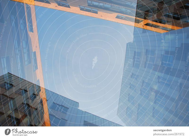 schein und fassade. blau Stadt gelb Fenster Architektur Gebäude Glas Hochhaus Hamburg Bauwerk Mitte Schönes Wetter Skyline Stadtzentrum Doppelbelichtung