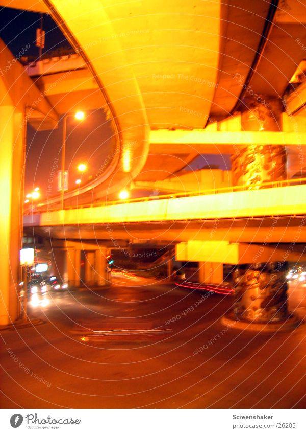 Dragons Pole II Verkehr Brücke Säule Drache Buddha Shanghai Los Angeles