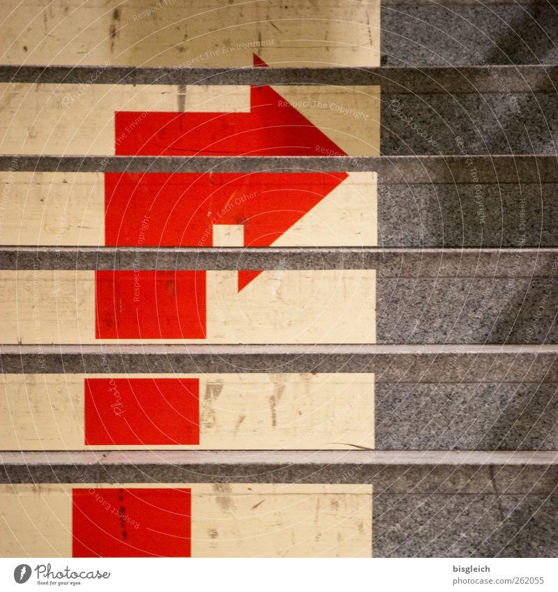 rechts II rot gelb grau Treppe Pfeil rechts