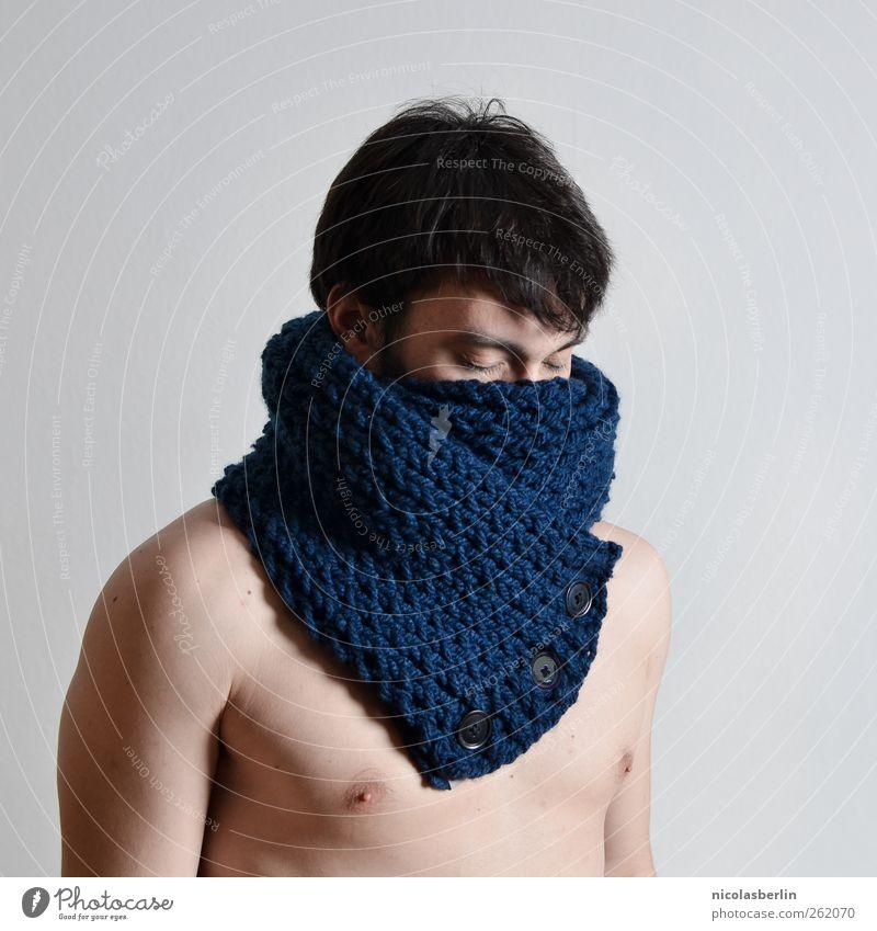 Montags Portrait 13 Jugendliche schön Erwachsene kalt Wärme Traurigkeit Stil Denken Körper Klima maskulin Design 18-30 Jahre Lifestyle Bekleidung trist