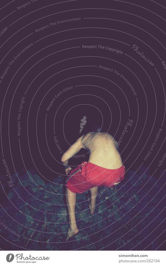 ins nichts Mensch Ferien & Urlaub & Reisen Freude Leben springen träumen Schwimmen & Baden Kraft Rücken maskulin nass Abenteuer Neugier fallen stark sportlich