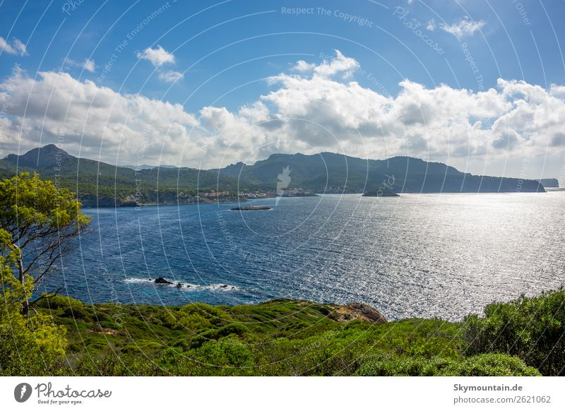 Nordwest Küste Mallorcas Ferien & Urlaub & Reisen Tourismus Ausflug Abenteuer Ferne Freiheit Expedition Sommer Sommerurlaub Sonne Strand Meer Insel Wellen