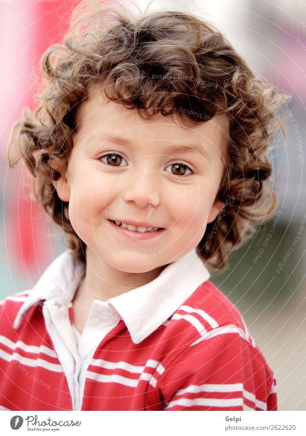 Liebenswertes Kleinkind Freude Glück schön Gesicht Spielen Kind Baby Junge Kindheit Natur Lächeln lachen Fröhlichkeit klein lustig niedlich grün rot weiß Farbe