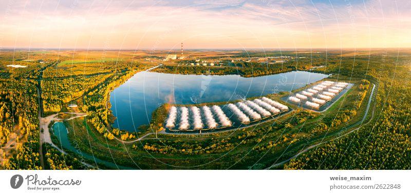 Kraftwerk mit Spritzkühlbecken. Luftaufnahme Schwimmbad Fabrik Industrie Technik & Technologie Energiewirtschaft Kernkraftwerk Kohlekraftwerk Umwelt Natur