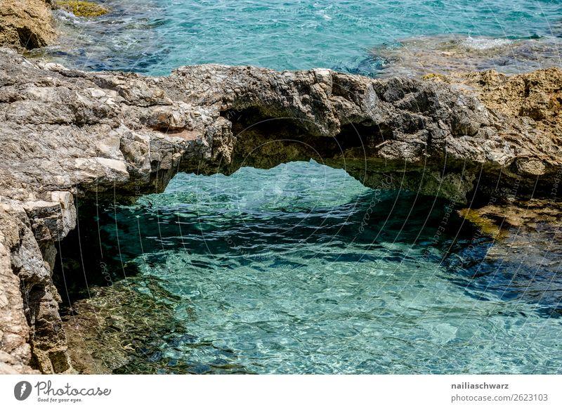Am Strand Ferien & Urlaub & Reisen Sommer Umwelt Natur Landschaft Wasser Klima Schönes Wetter Wärme Felsen Küste Bucht Meer Insel Mittelmeer kalt natürlich