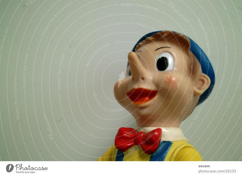 pinocchio_2 Spielfigur Spielzeug Statue Puppe Blick
