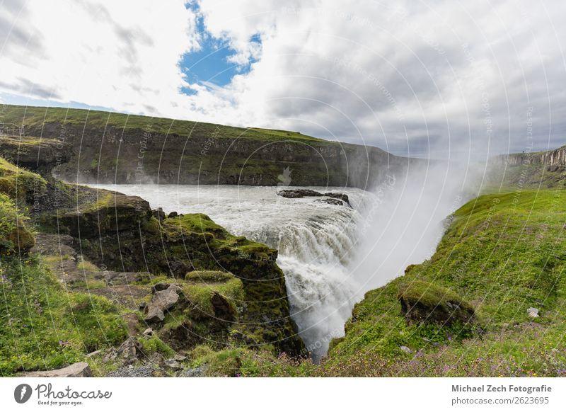 Gulfoss goldener Wasserfall und die Schlucht des Flusses hvita schön Ferien & Urlaub & Reisen Tourismus Natur Landschaft Wolken Nebel Felsen Gletscher natürlich