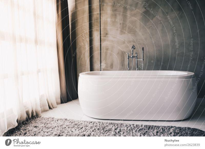 Moderne Luxusbadewanne im Badinnenraum Lifestyle Reichtum elegant Stil Design schön Erholung Wohnung Haus Dekoration & Verzierung Badewanne modern neu